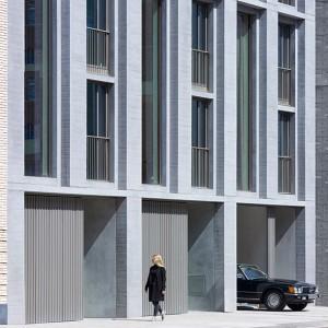 VERTICAL LOFTS IN AMSTELKWARTIER, AMSTERDAM OPGELEVERD